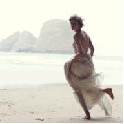 Ходити уві сні босоніж: по бруду, по воді, по землі. Тлумачення снів
