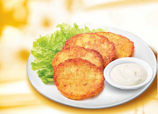 Деруни з сирої картоплі. Як приготувати деруни з картоплі: легка смакота