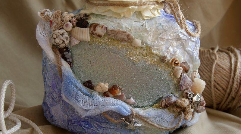 Прикраса черепашками предметів. Інтерєрні годинник з черепашок своїми руками