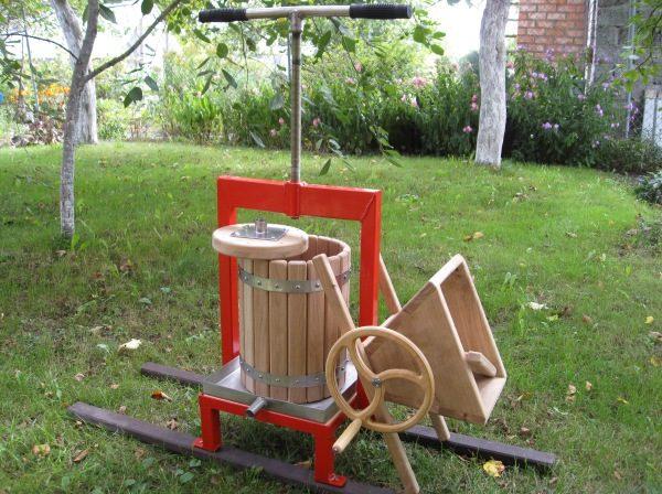 Важільний прес для віджиму яблук. Преси для віджиму соку з яблук, винограду, фруктів і ягід: види, виготовлення своїми руками