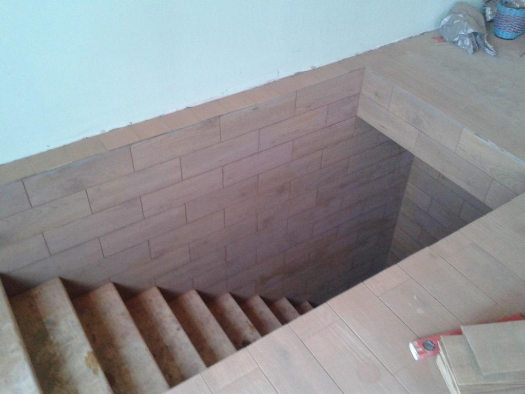 Як зробити сходи в льох з дерева. Як зробити сходи в підвал своїми руками? вибір матеріалу для виготовлення сходів в льох будинку
